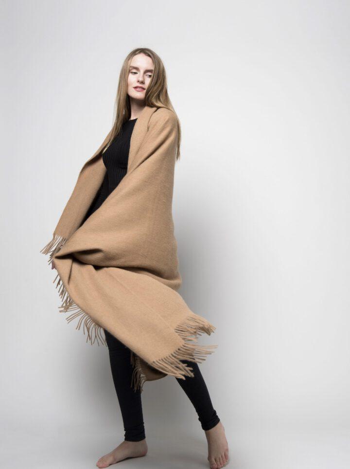 Camel wool kamelinvilla torkkupeitto