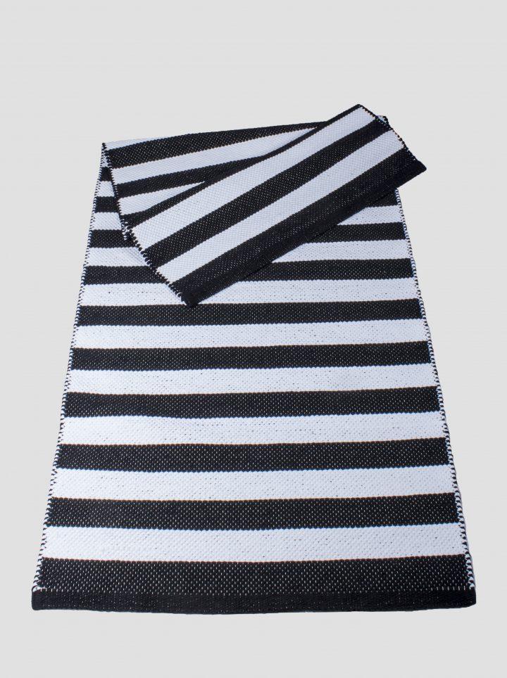 Cotton rug aalto black white