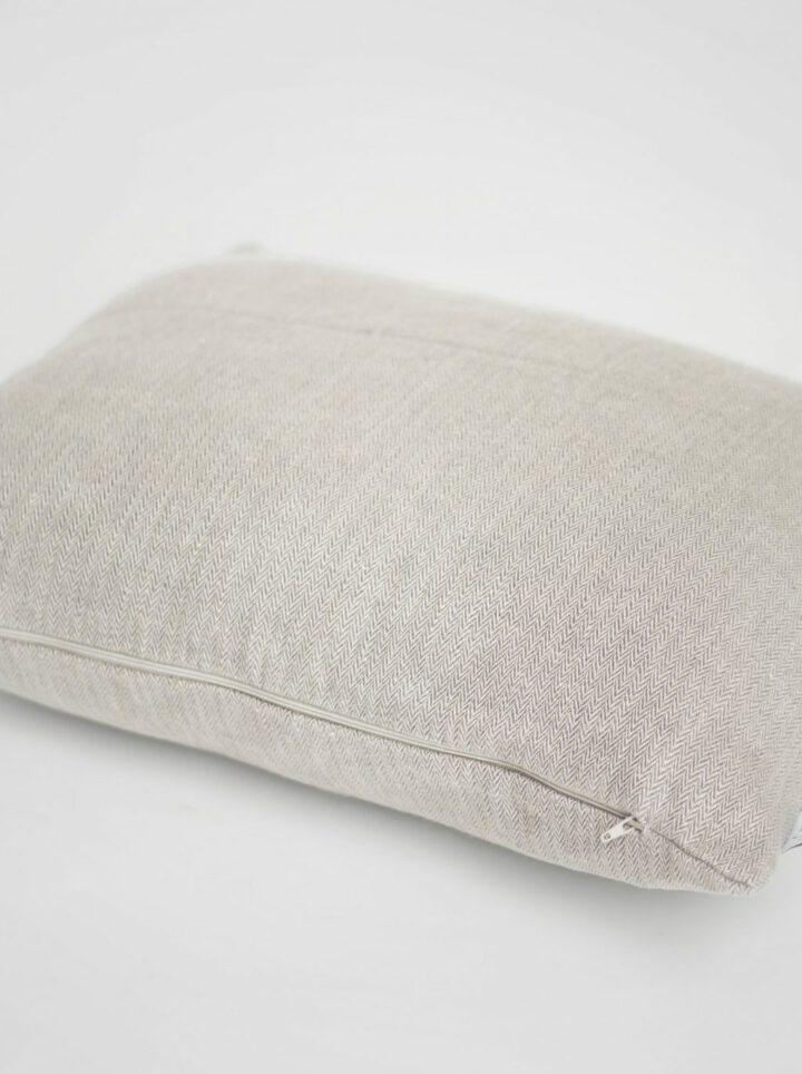 Laine pellava tyyny